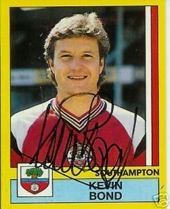 Kevin-Bond-Southampton-signed-trade-card-F-POST
