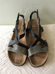 SCHOLL-real-leather-ladies-black-animal-print-low-wedge-sandal-size-4-37