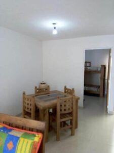 Rento casa en el Dorado de tres habitaciones en dos niveles