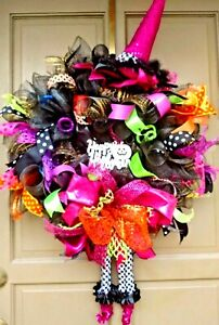 HALLOWEEN-Witch-Wreath-Deco-Mesh-Glittered-Hat-amp-Legs-Handmade-Door-Decor