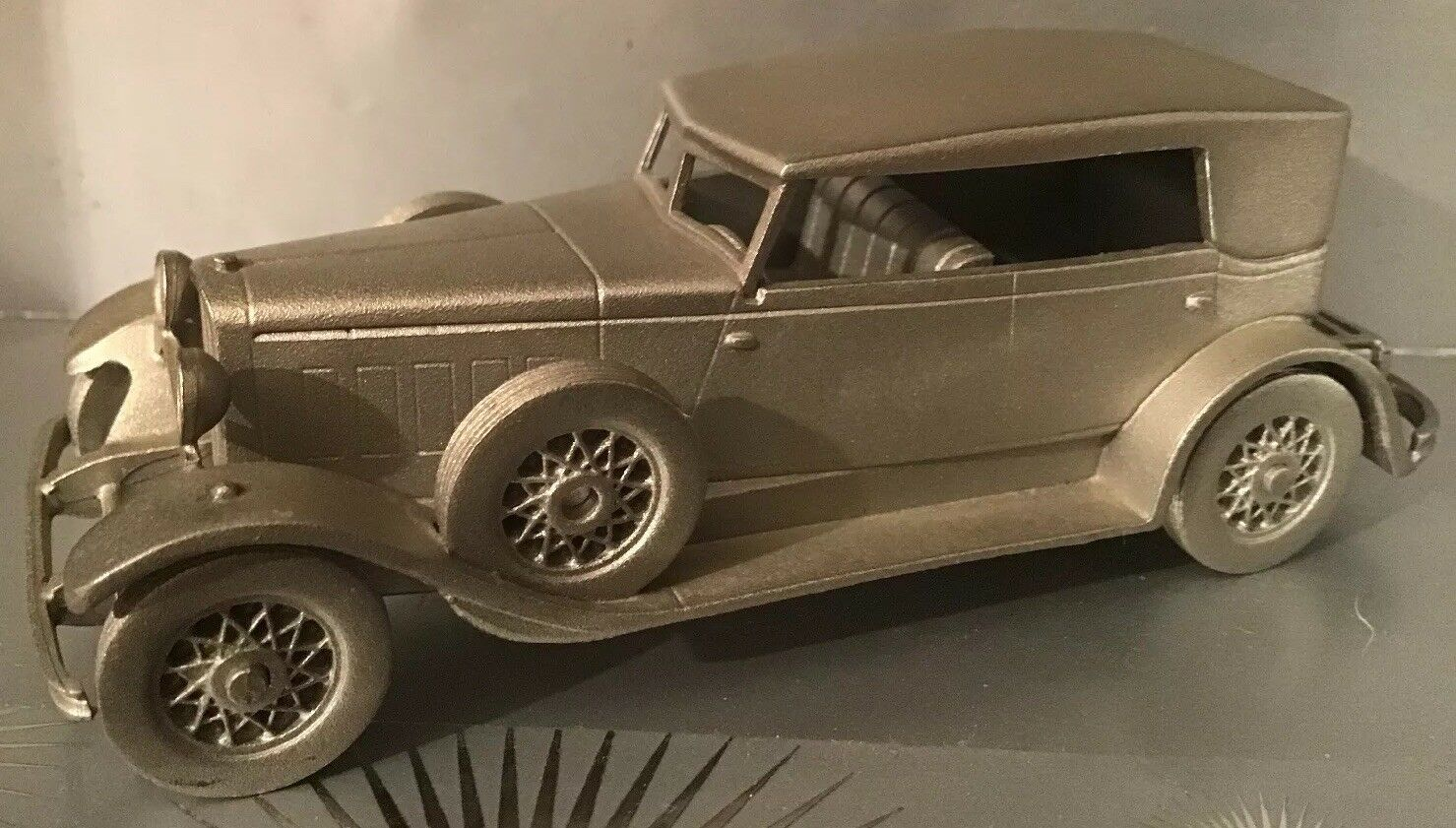 Superbly Detailed Danbury Mint 'Lincoln KB 1932' Pewter Car 9cm Length.  (02039)