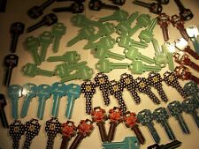 70  KEYS  KW1 AND   SC1  COLOR DESIGNER  KEYS  BLANKS  UNCUT   LOCKSMITH