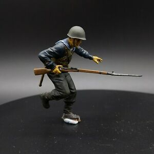 Painted-1-35-Russian-Sailor-marine-3-Stalingrad-1-35