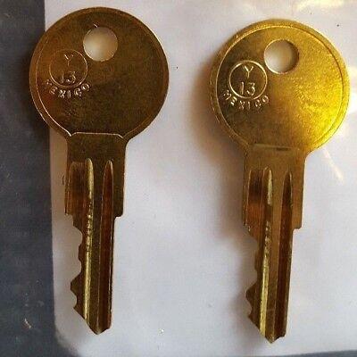 CH516 CH517 CH518 CH519 CH520 KEY 2 NEW KEYS FOR TOOL BOX KEY Codes CH516-CH520