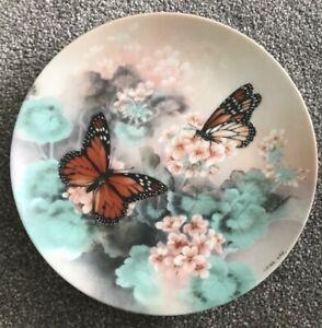 Monarch-Butterflies-by-Lena-Liu-Gossamer-Wings-Series-1988-Collector-Plate