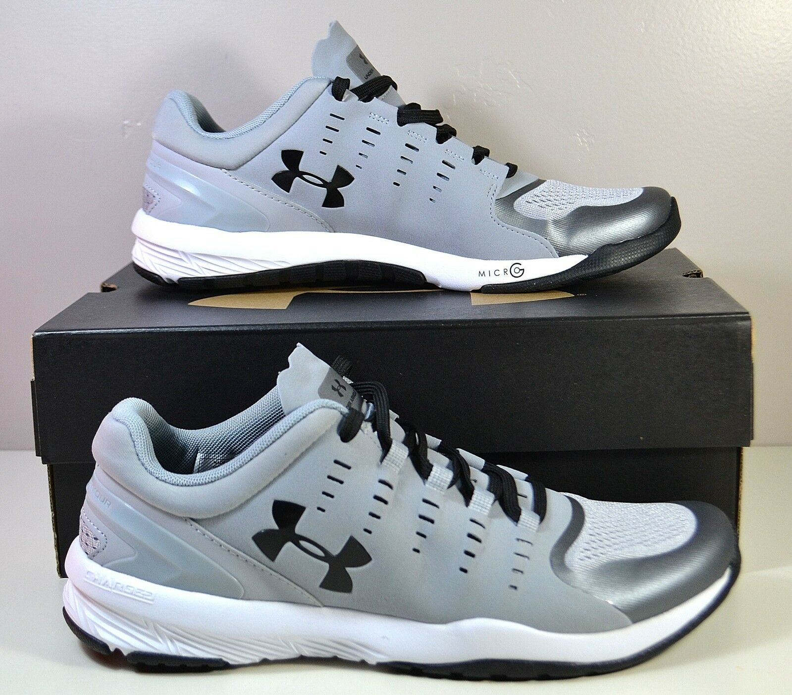 NWT WOMEN'S UNDER ARMOUR W CHARGED STUNNER TR TRAINING RUNNING SHOES SIZE 10