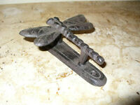 Cast Iron Metal Dragonfly Door Knocker Bell Home Garden Outdoor Shed Cabin Decor