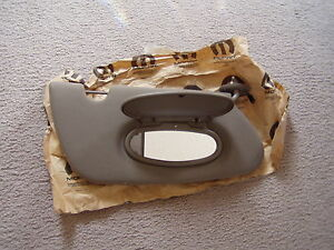 07 08 Chrysler Pt Cruiser Right Passenger Side Sun Visor W