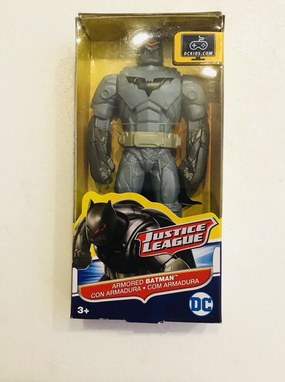 Batman Figurine Modern Age Small Size Bust DC Justice League Collectibles