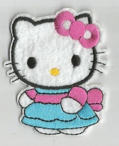 patch 6.5X6.5 cm HELLO KITTY chat robe bleue écusson