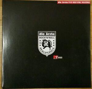 Die Ärzte - DOLP Vinyl Unplugged - Rock 'n' Roll Realschule 2002 - Leipzig, Deutschland - Die Ärzte - DOLP Vinyl Unplugged - Rock 'n' Roll Realschule 2002 - Leipzig, Deutschland