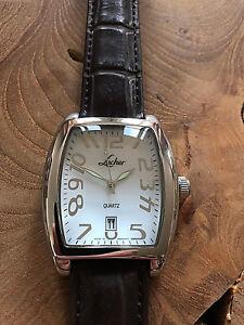 By-Lacher-Heren-Horloge-21e-Eeuw-Witte-Wijzerplaat-Bruine-Lederen-Band