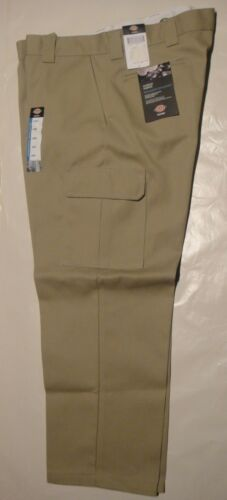 DICKIES WP592 Relaxed Fit Straight Leg Cargo Pants DESERT SAND 30X32 NWT
