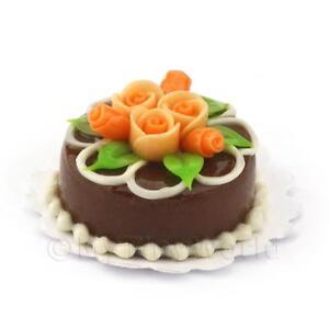 Maison De Poupees Miniature Rond Petit Gateau Au Chocolat Avec Roses