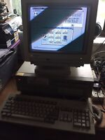 Commodore Amiga A2000 ULTRA RARE FULL PC SETUP HDD, CDR, 2 X FDD, KEYBOARD etc