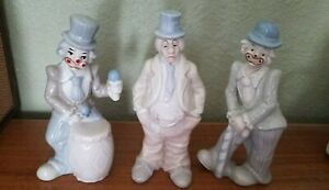 LOT-OF-3-DIFFERENT-PORCELAIN-CLOWNS-VARIOUS-POSES-amp-so-cute-not-scary
