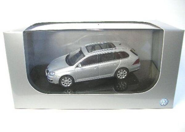 VW Golf V Variante (silver)