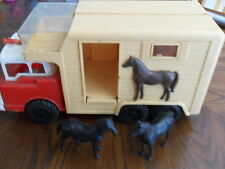 "Vintage Large Andy Gard Horse Van Truck 16 x 8 1/4 "" Made in USA w/ 2 horses"