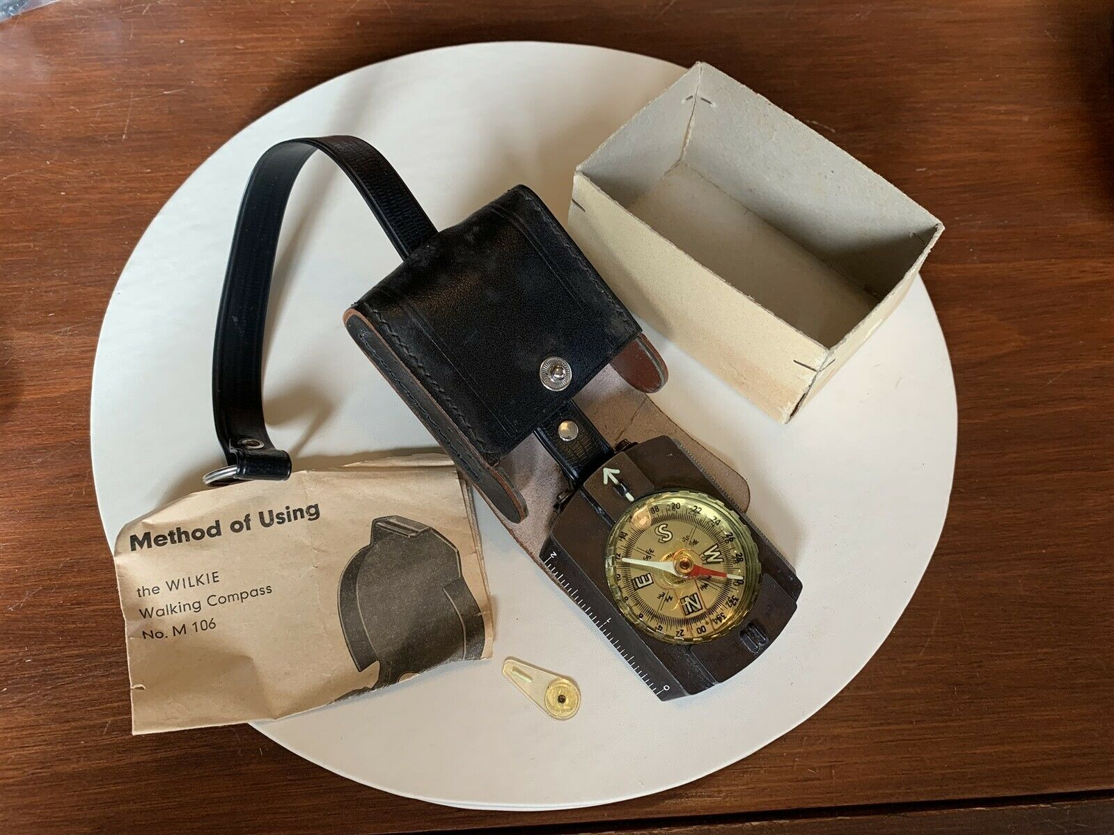 Nice Quality  Vintage WILKIE No. M 106 WALKING COMPASS w  Case and Instructions  free delivery