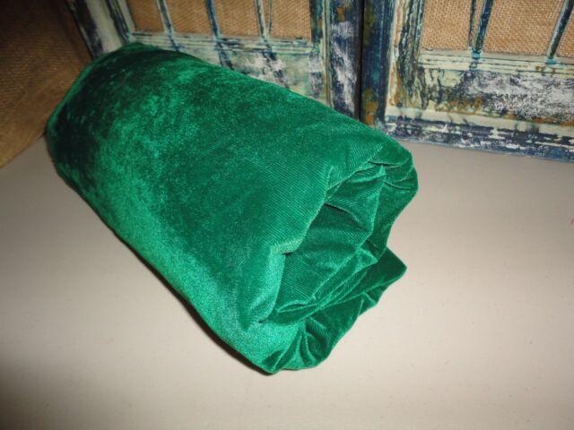 RETRO SMOOTH RETRO VERY EMERALD GREEN VELVET FABRIC 70 X 46 (1.27 YARDS) SHABBY