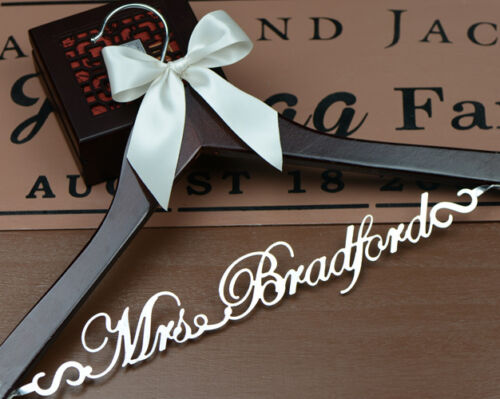 Personalized Wedding Dress Hanger Custom Bridal or Bridesmaid Name Hanger EL001