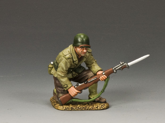 KING AND COUNTRY COUNTRY WW2 G.I. Kneeling with Rifle & Bayonet DD186