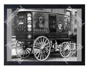 Historic-Heinz-wagon-1900s-Advertising-Postcard