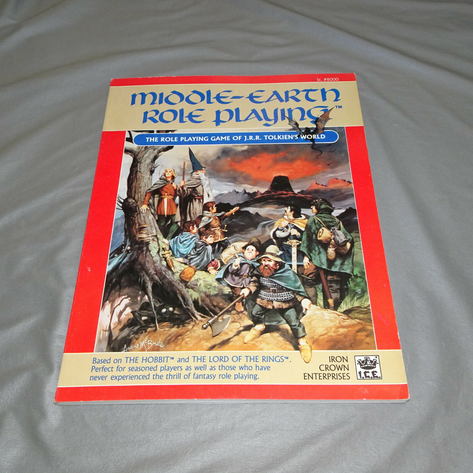MIDDLE-EARTH ROLE ROLE ROLE PLAYING  ROLE PLAYING...TOLKIEN'S WORLD  8000  I.C.E. - 1986 e7a230