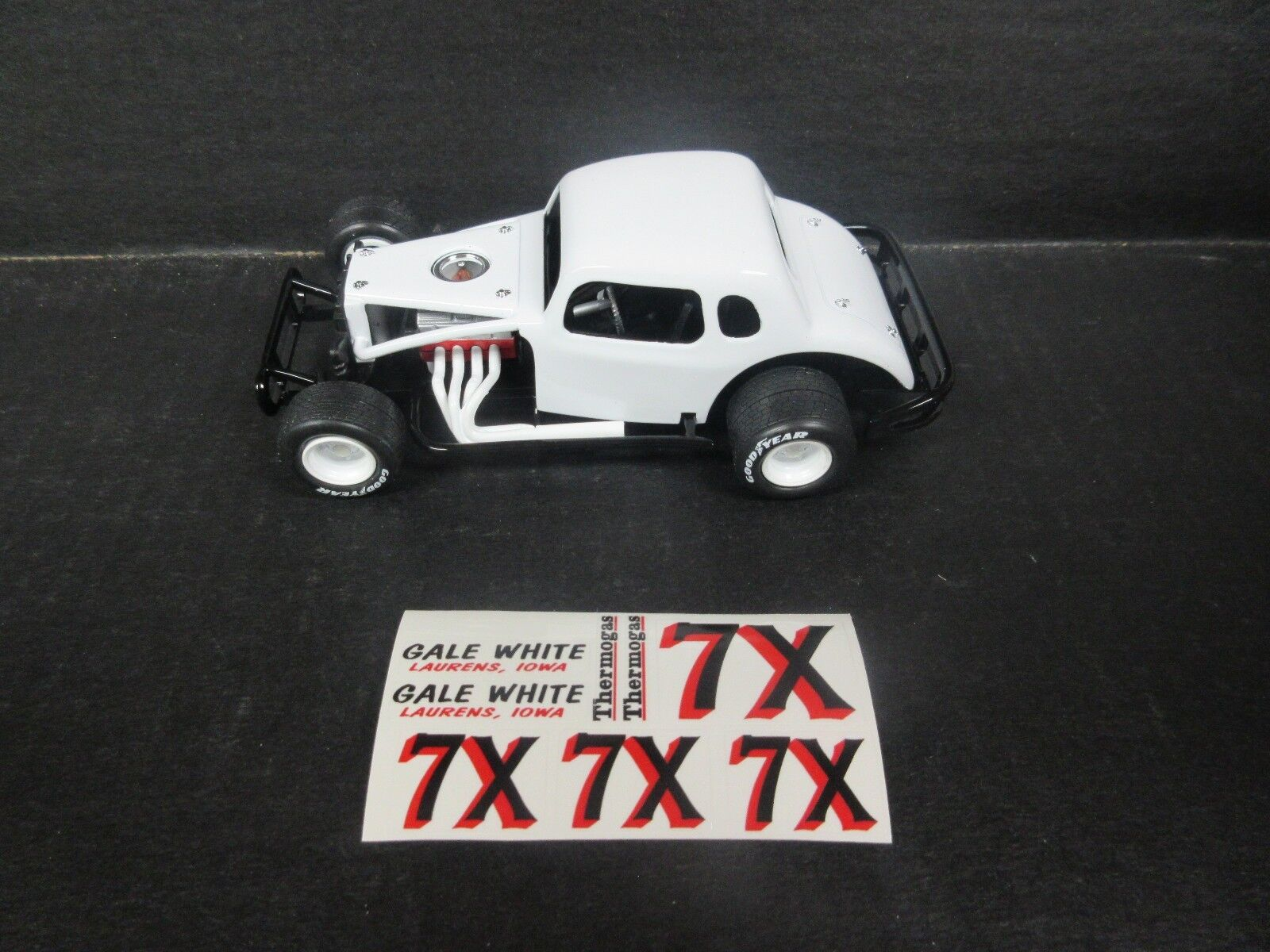 X Gale White Modified 1 25th scale Die-Cast donor kit