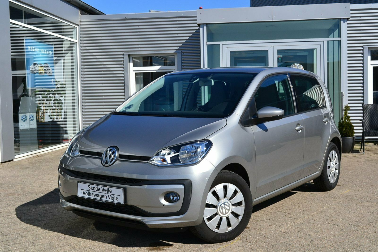 VW Up! 1,0 MPi 60 Move Up! BMT 5d - 99.900 kr.