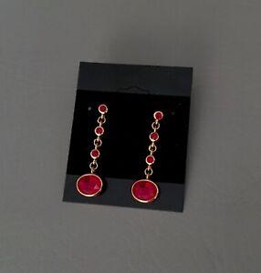 Vintage-ROMAN-Gold-Tone-Red-Crystal-Post-Dangle-Drop-Earrings-1-5-inch-Long
