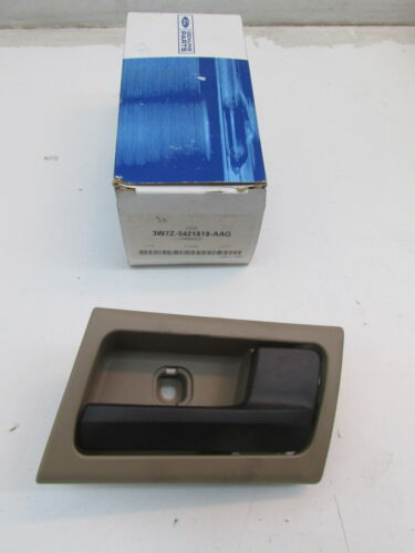 2003-2005 Ford Mercury 4.6L OEM Right Interior Door Handle 3W7Z-5421818-AAG