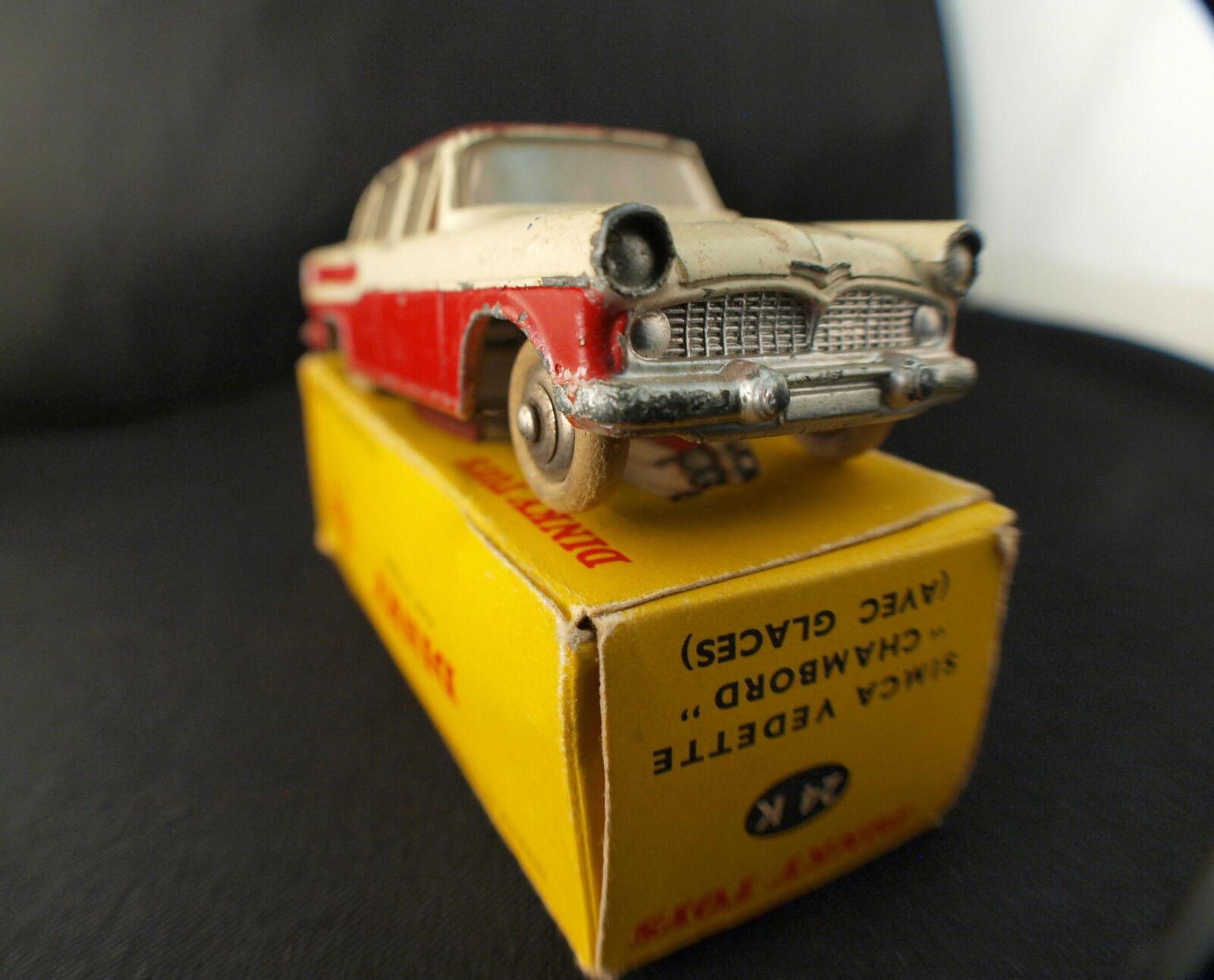 Un fou de de de Noël remporte une grande concurrence Dinky Toys F 24 K Simca vedette Chambord en boîte | La Reine De La Qualité  2d401e