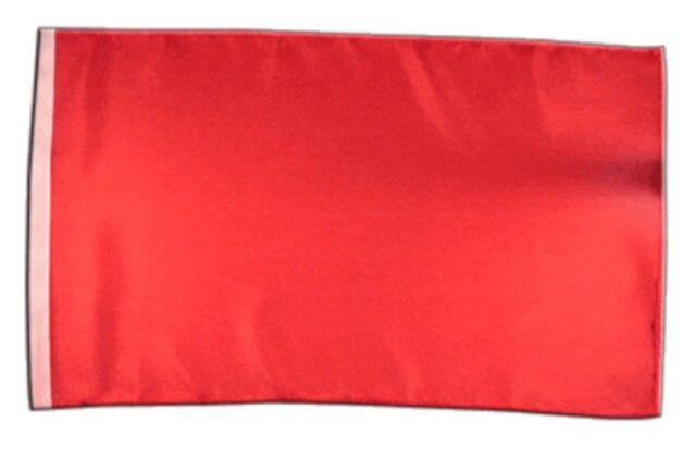Rote Fahnen von Seiten