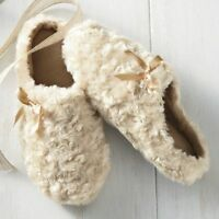 Womens Seventh Avenue Beige Swirl Furry Slippers Size Small
