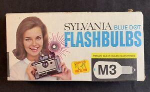 Vintage Sylvania Blue Dot M3 Clear Flashbulbs 12-Count