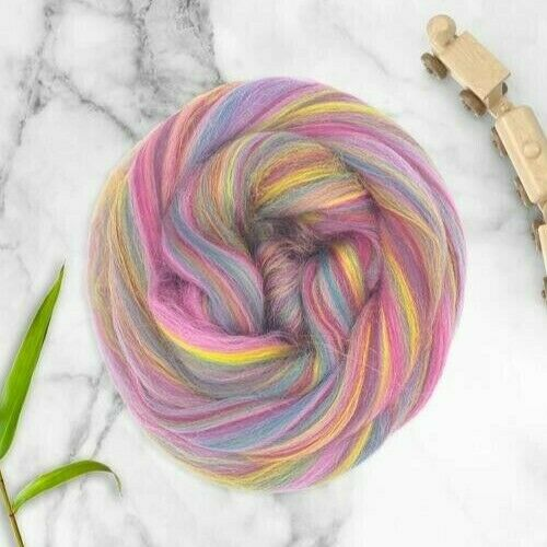 3.5oz Twinkle Twinkle Dyed Merino Bamboo Blend Roving Wool Felting Fiber 100g