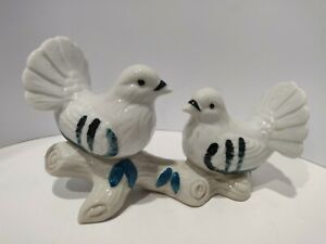 Vintage Pair Peace DOVE Birds FIGURINE Imports Taiwan PORCELAIN  On Tree Branch