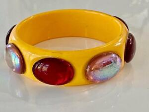 Lucite-Vtg-Butterscotch-Bangle-Bracelet-AB-amp-Ruby-Cabachon-8-Oval-Dot-Bakelite