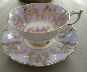 Vintage-Paragon-Bone-China-034-Lavender-with-Pink-Roses-034-Tea-Cup-and-Saucer-made-in