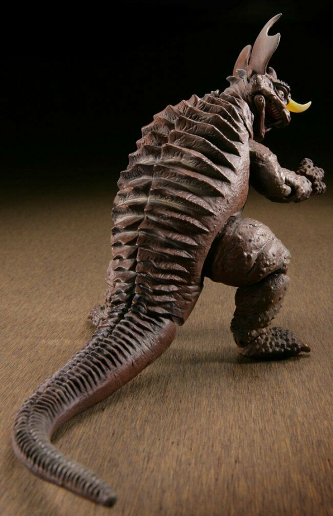 SCI-FI Revoltech 004 Frankenstein Conquers The World Baragon Non Scale ABS /& PVC