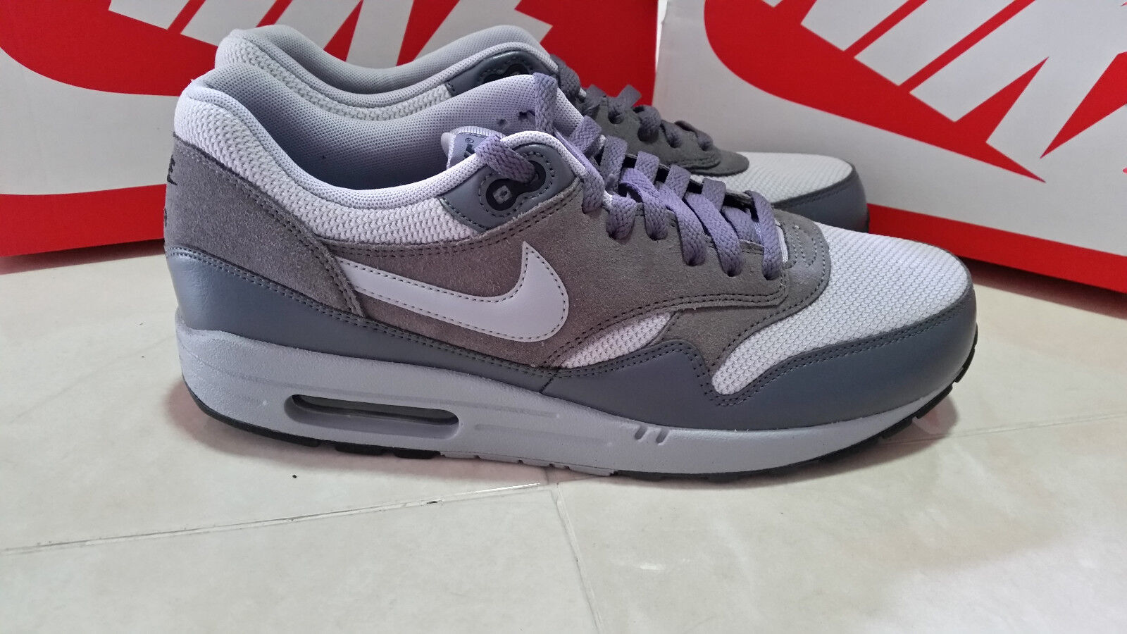 NIKE AIR MAX 1 ESSENTIAL MEN'S  ATHLETIC SHOES SIZE 10 GREY  537383 019