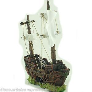 Shipwreck Sunken Pirate Boat Small Fish Tank Aquarium Decoration