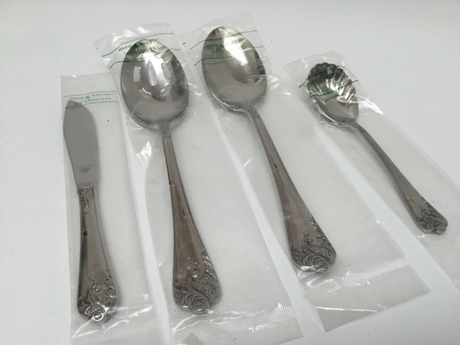 Reed & Barton Charfemmesy Inoxydable 4 Piece Hostess Set New Japan