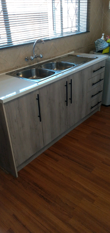 NG-Tighty Kitchens and Projects