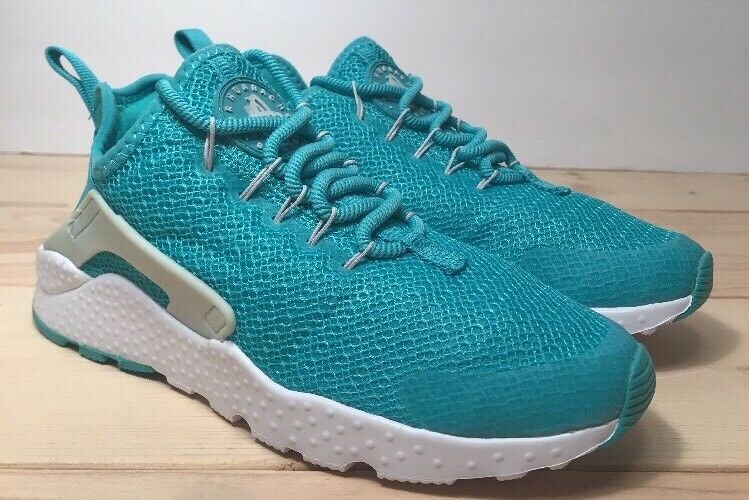 Nike Air Huarache Run Ultra Running Shoes Womens size 6.5 Teal White 819151-304