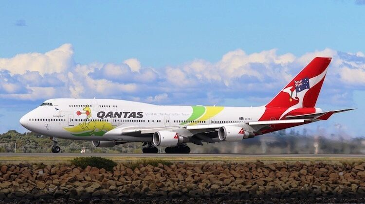 INFLIGHT 200 IF744QFA2016 1 200 QANTAS BOEING 747-400 OLYMPIC livrea con supporto