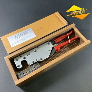 SIEMENS-NEAR-NEW-BOXED-HEX-CABLE-LINE-CRIMPING-PLIERS-DIES-B1-B4
