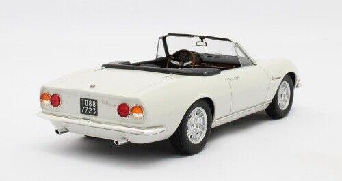 Fiat Dino Spyder Weiss 1966 1:18 Cult scale models