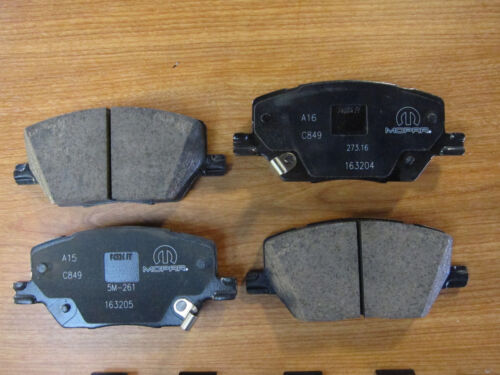 2015-2019 Jeep Renegade Replacement Front Brake Pads New Mopar OEM